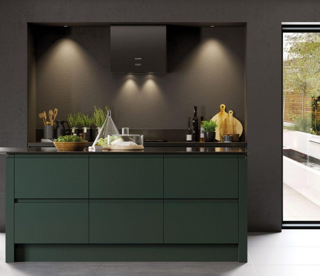 Kitchen in Deeep Forrest colour