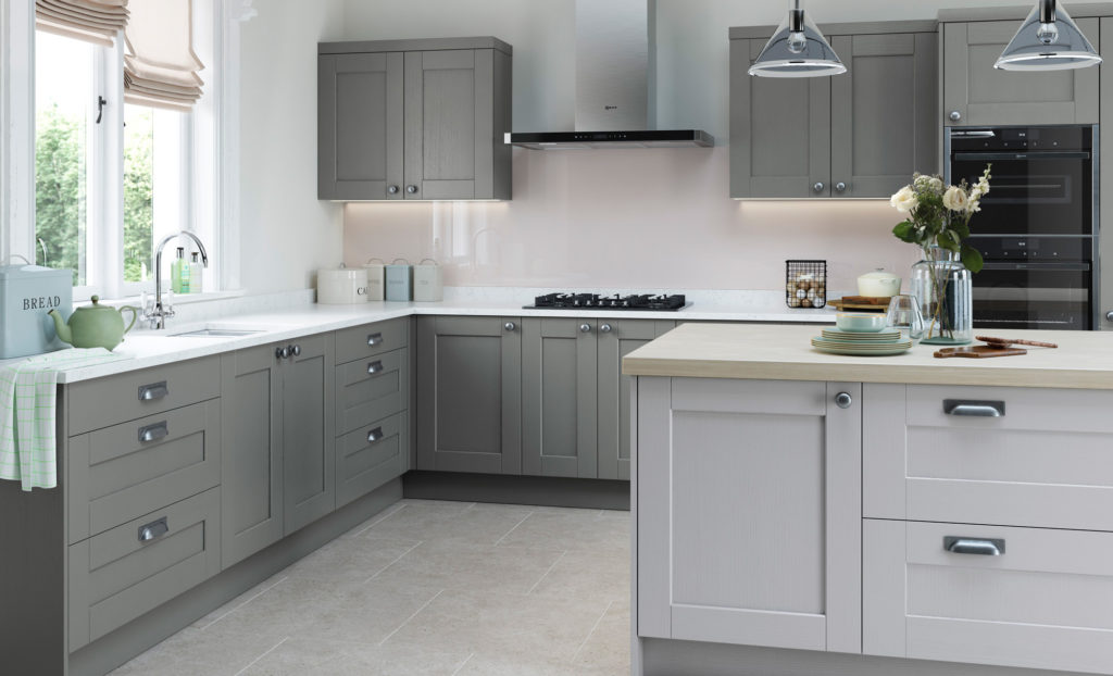 Picture of a light grey kitchen in the kendal range